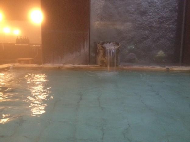 写真: Jinya indoor onsen