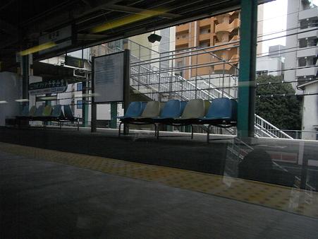快速エアポート成田の車窓49