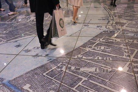 2012.04.14 東京駅 銀の鈴 開業当時の地図