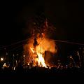 写真: 火祭りの始まり120114