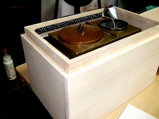 Photos: 燗銅壺 桐風の木箱DIY