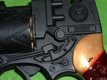 2010.05.08 再撮影 映画「ゼイラム2」イリアの銃 プロップ複製品 右側面 アップ